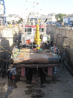 Beira dry dock, appearing in Africa PORTS & SHIPS