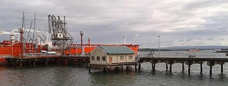 Kipevu Oil Terminal, in Africa PORTS & SHIPS