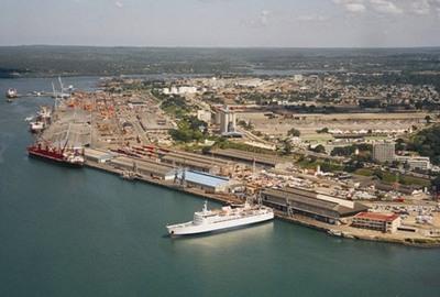 Port Dar es Salaam, in Africa PORTS & SHIPS