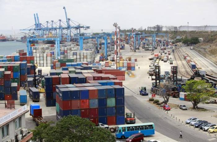 busy Port Mombasa scene, in Africa PORTS & SHIPS