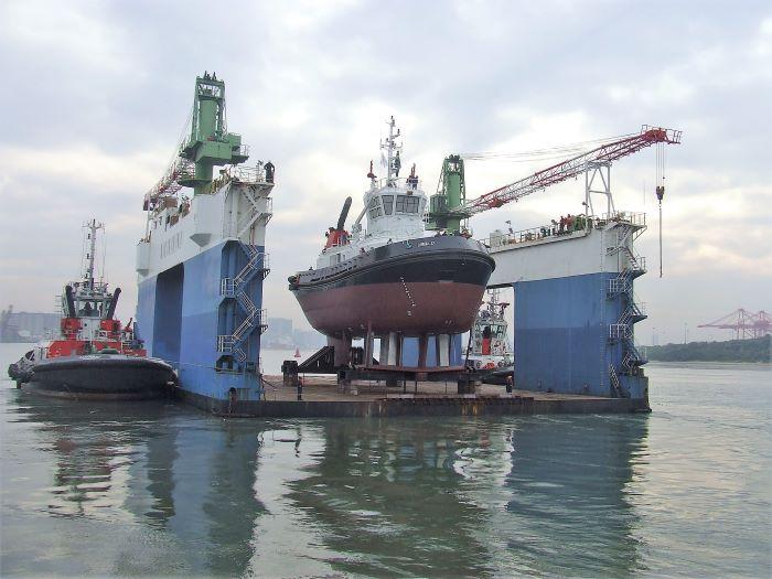 Launching of new Transnet tug Umbilo. Pc: Terry Hutson