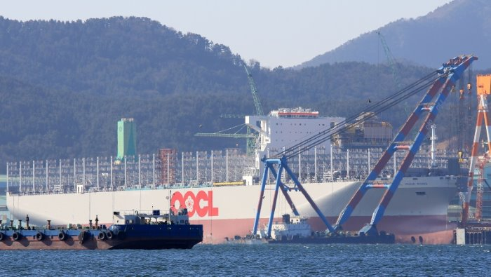 World's largest container ship (for now), OOCL Hong Kong, Picture: Shipspotting, appearing in Africa PORTS & SHIPS maritime news