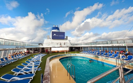 Columbus pool deck. in Africa Ports & Ships maritime news