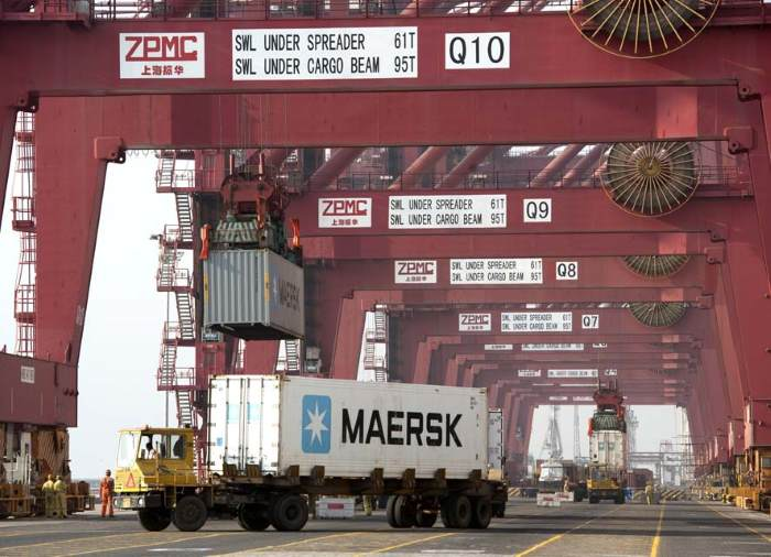 Maersk reefer container, appearing in Africa PORTS & SHIPS maritime news
