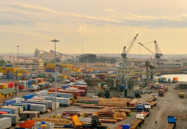 Port of Tema, appearing in Africa PORTS & SHIPS Maritime News