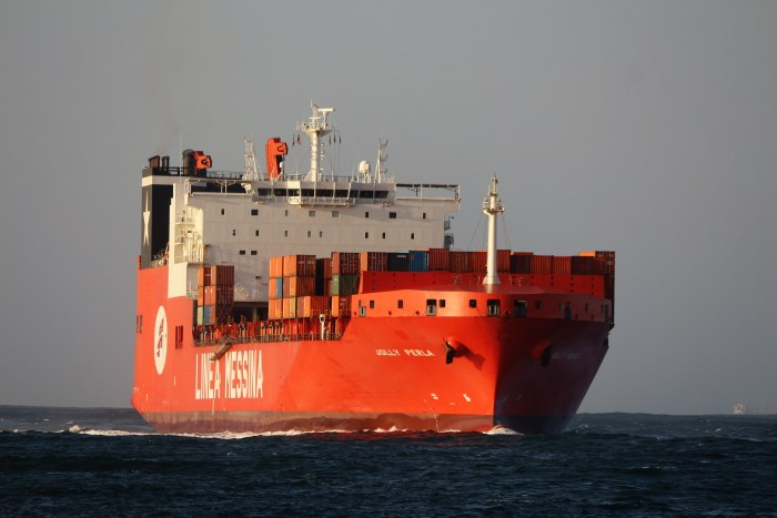 Jolly Perla at Durban. Pictures: Keith Betts, appearing in Africa PORTS & SHIPS maritime shipping news