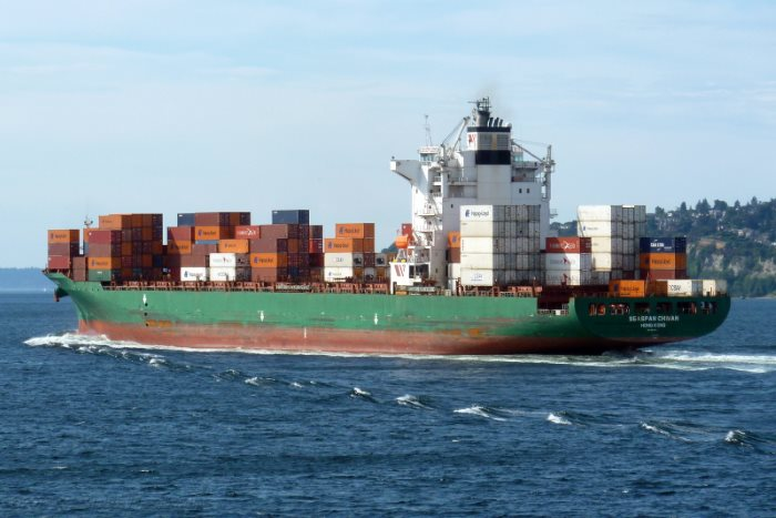 Seaspan Chiwan. Picture: courtesy Shipspotting, appearing in Africa PORTS & SHIPS maritime news