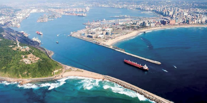 Port of Durban and entrance channel. Picture by Steve McCurrach www.airserv.co.za, as appearing in Africa PORTS & SHIPS maritime news