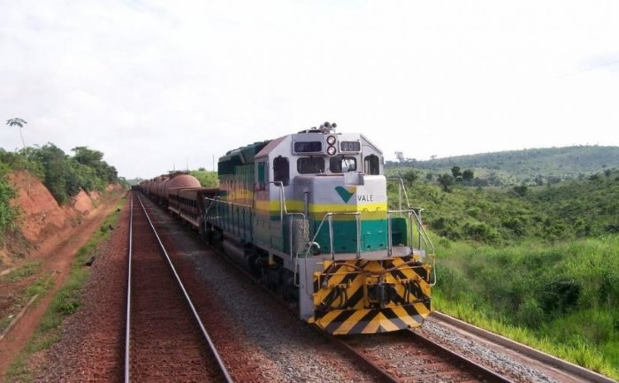 A Vale Moçambique train,story appearing in Africa PORTS & SHIPS Maritime News