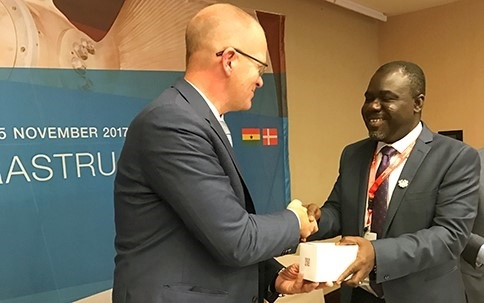 The Ghanaian Minister for Transport, Kwaku Ofori Asiamah (right) with, at left, DMA Director General, Andreas Nordseth. Photo kindly provided by the Danish Maritime Administration 2017©, appearing in Africa PORTS & SHIPS maritime news