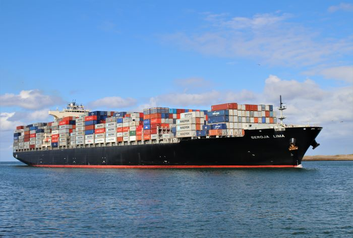 Seroja Lima arriving at Durban. Picture: Keith Betts, appearing in Africa PORTS & SHIPS maritime news