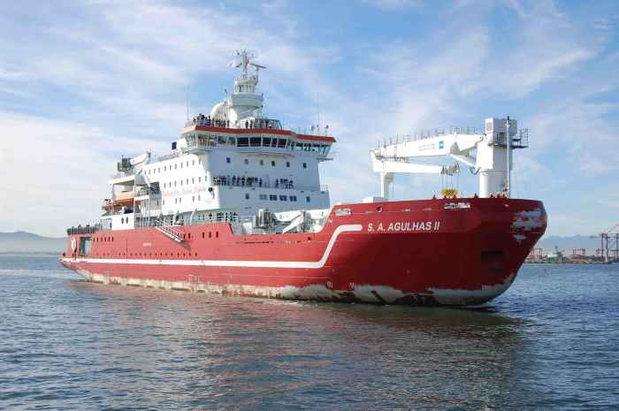 SA Agulhas II arriving at Cape Town from marion island and the Southern Ocean. Picture: the late Robert Pabst, appearing in Africa PORTS & SHIPS maritime news