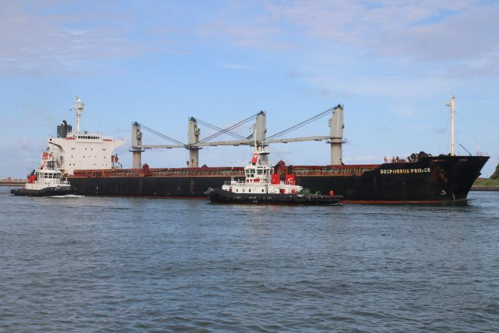 Bosphorus Prince arriving at Durban, picture by Keith Betts, featured in Africa PORTS & SHIPS maritime news