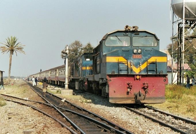 Tanzanian Railways metre gauge passeger train, featured in Africa PORTS & SHIPS maritime news