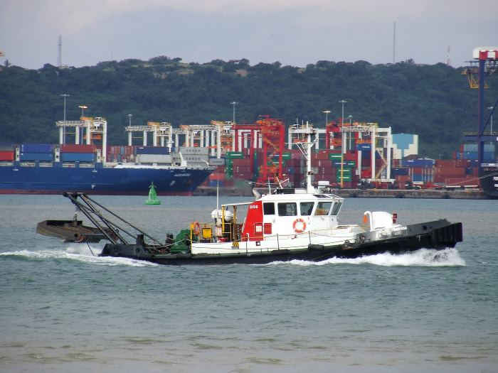Transnet currently has one plough tug in service, named IMPISI, seen here crossing Durban Bay. The 'tug' should perhaps be more correctly known as a type of dredger rather than a tug. Picture: Terry Hutson, featured in Africa PORTS & SHIPS maritime news