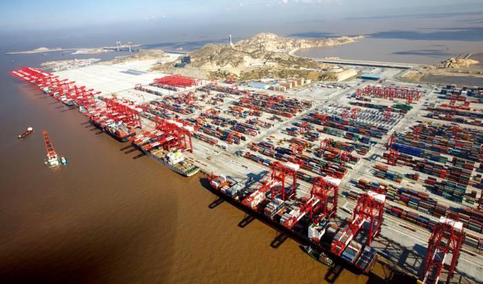Shanghai Yangshan deepwater port, featured in Africa PORTS & SHIPS maritime news
