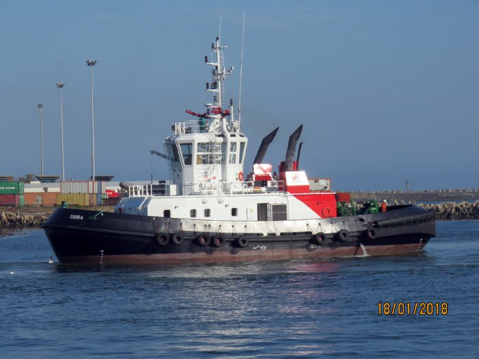 tug Usiba in Cape Town waters. Picture: Ian Shiffman, featuring in Africa PORTS & SHIPS maritime news
