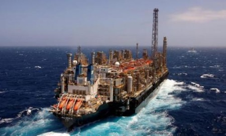 Hilli Episeyo at sea en route to Cameroon, featured in Africa PORTS & SHIPS maritime news