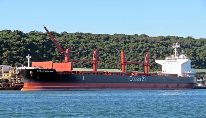 Ocean Makmur. Picture: Ken Malcolm, appearing in Africa PORTS & SHIPS maritime news