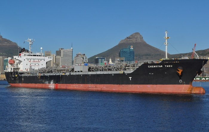 Chemstar Yasu in Cape TOwn. Picyure by Ian Shiffman, featuring in Africa PORTS & SHIPS maritime news