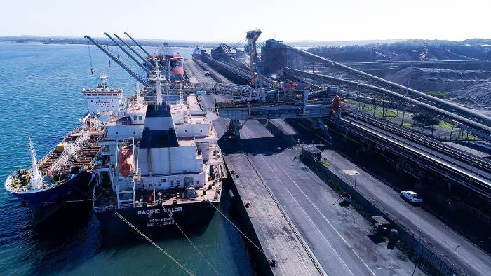 Amber II delivering bunkers to a bulker at the Richards Bay Coal Terminal. Picture: TNPA, appearing in Africa PORTS & SHIPS maritime news