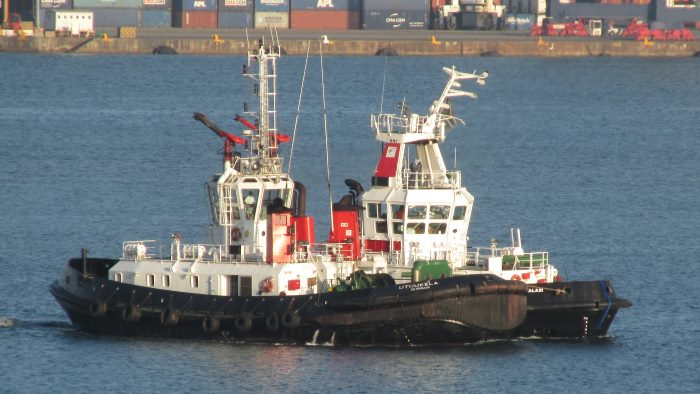 Inayalzi assisted by Uthukela move across Durban Bay after the collision. Picture: Gerald Maddams, featured in Africa PORTS & SHIPS maritime news