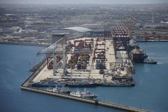 Cape Town Container Terminal - not always as idyllic a scene as this, weather-wise Picture: TNPA. Featured with report in Africa PORTS & SHIPS maritime news