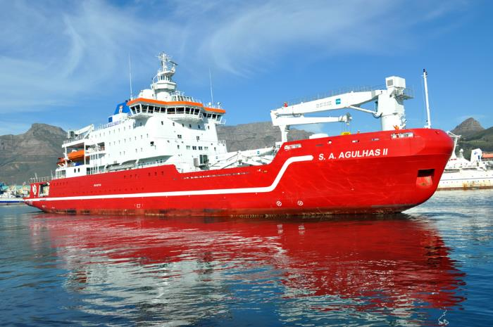 SA Agulhas II. Picture: Ian Shiffman, appearing in Africa Ports & Ships maritime news