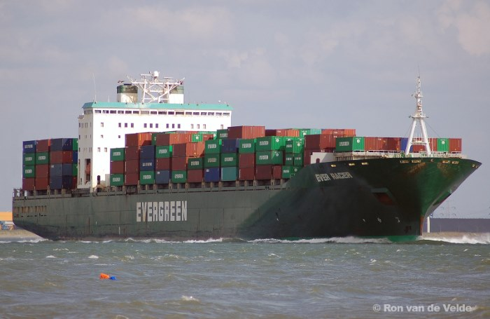 Evergreen's 4,300-TEU Ever Racer. Picture: Ron van de Velde/Shipspotting, featured in Africa Ports & Ships maritime news