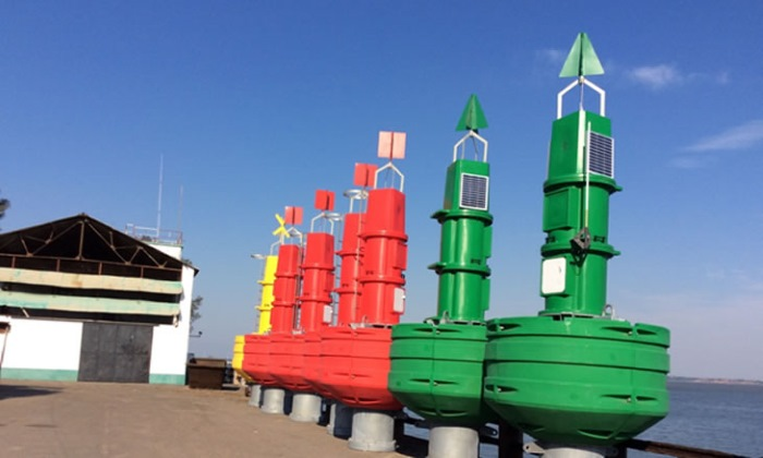 New buoys awaiting installation in the Maputo port access channel, featured in Africa Ports & Ships maritime news