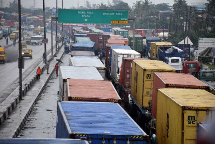 Gridlock at Apapa approaches. Picture: ShipsandPorts.com.ng, appearing in Africa PORTS & SHIPS maritime news