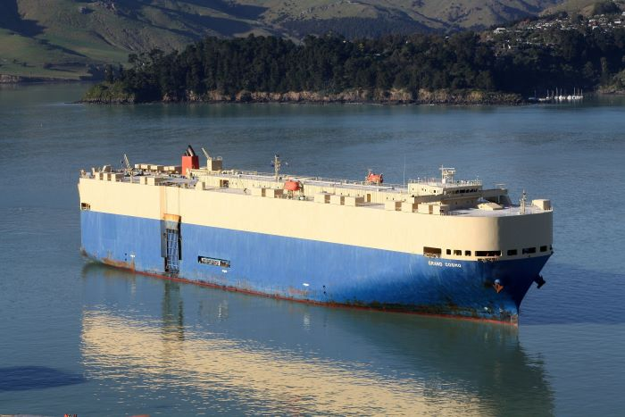 Grand Cosmo at Lyttelton, New Zealand. Picture: Alan Calvert, appearing in Africa PORTS & SHIPS maritime news