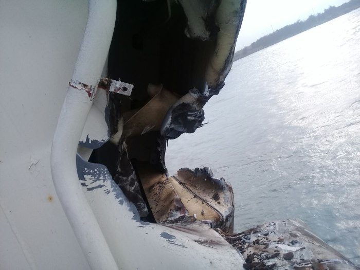 Damage to the hull of Thor Friendship in Richards Bay harbour, featured in Africa PORTS & SHIPS maritime news