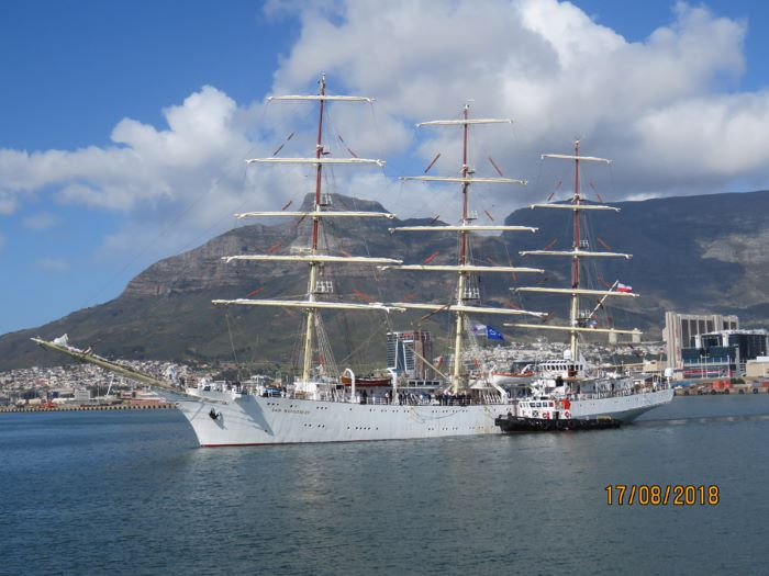 Dar Mlodziezy in Cape Town, picture by Ian Shiffman, featured in Africa PORTS & SHIPS maritime news