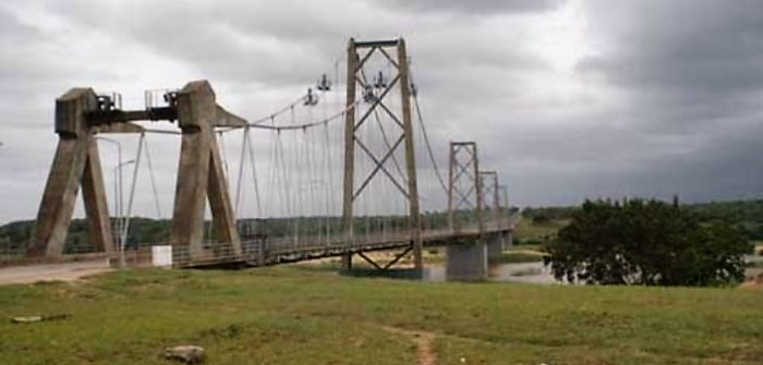 The existing bridge across the Save River (Sabi in SA) dates from 1971, featured in Africa PORTS & SHIPS maritime news