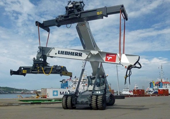 Liebherr Reachstacker being assembled in Port of Durbban, reported in Africa PORTS & SHIPS maritime news