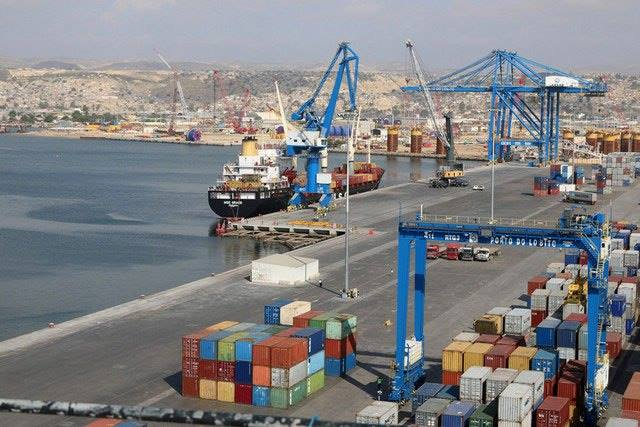 Port of Lobito, the Angolan terminus of the Benguela Railway (CFB), featured in Africa PORTS & SHIPS maritime news