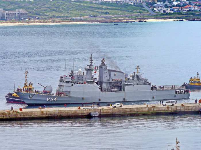 Brazilian Navy frigate BNS Barroso arriving at Simon's Town for Exercise Atlasur. Picture: David Erickson, featured in Africa PORTS & SHIPS maritime news