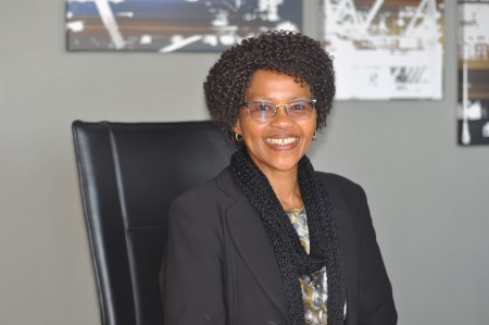 Nozipho Sithole, Transnet Port Terminals CE, appearing in Africa PORTS & SHIPS maritime news
