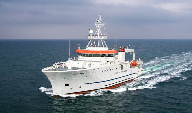Baia Farta fishery research vessel for Angola, featured in Africa PORTS & SHIPS maritime news