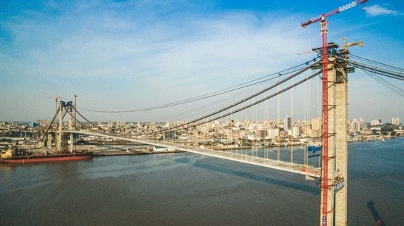 Maputo-Catembe Bridge under construction. Picture: Noticias, appearing in Africa PORTS & SHIPS maritime news