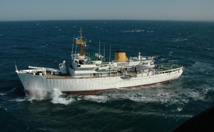 SAS Protea. Picture: Clinton Wyness, featured in Africa PORTS & SHIPS maritime news