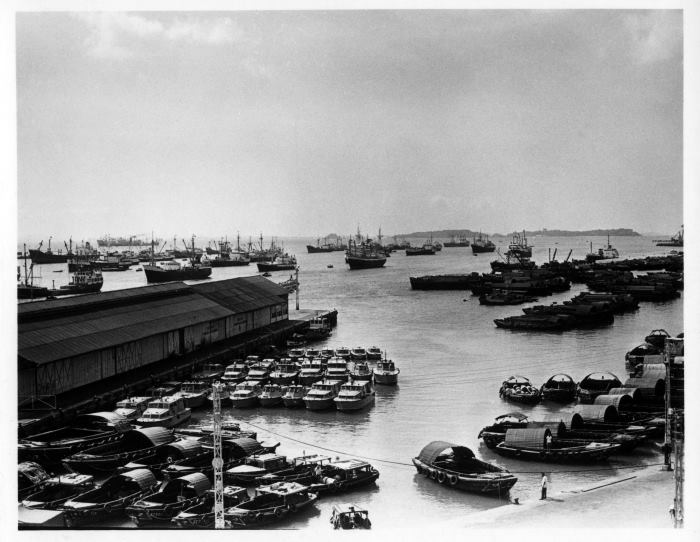 Singapore Inner Roads, 1970, where vessels anchor for stores, fresh water, bunkers, crew change, cargoes, orders and even sale, featured in a book review in Africa PORTS & SHIPS maritime news