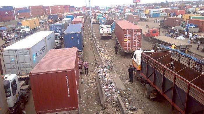 Congestion on the roads outside the Lagos ports, as featured in Africa PORTS & SHIPS