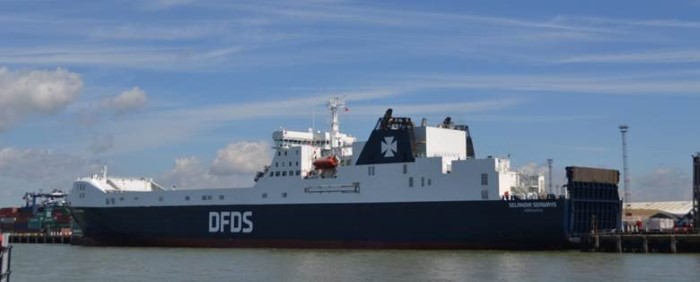 ort of Felixstowe and DFDS ferry, featured in Africa PORTS & SHIPS