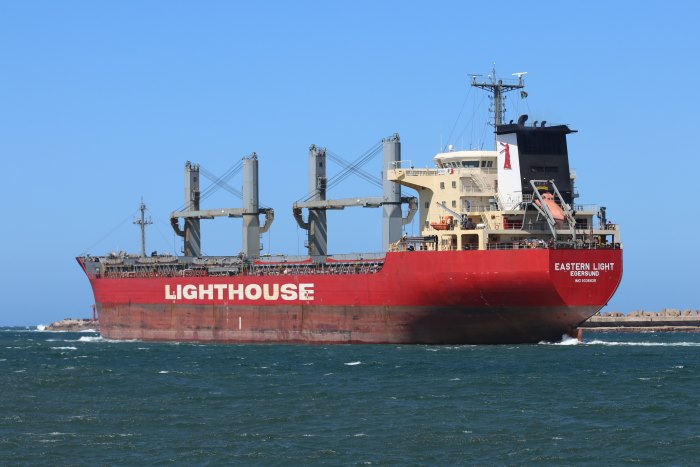 Eastern Light sailing from Durban, picture by Keith Betts, featured in Africa PORTS & SHIPS