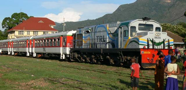 Tanzania Railways forging ahead wuith new SGR, featured in Africa PORTS & SHIPS