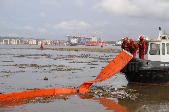 cleaning up after the big easter storm over Durban Bay, featured in Africa PORTS & SHIPS maritime news online