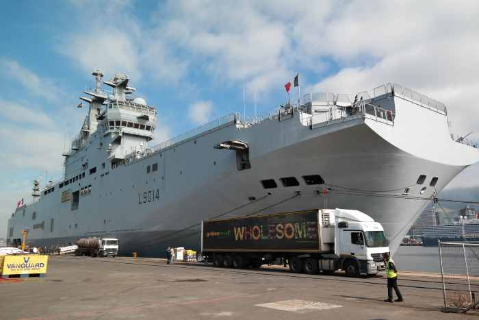 The French Navy's landing helicopter dock (LHD) Tonnerre in Cape Town earlier in April. Pictures: TNPA, featured in Africa PORTS & SHIPS maritime news online