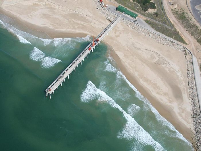 An aerial view of the port's fixed jet pump sand bypass system at Port of Ngqura. Picture: TNPA, featured in Africa PORTS & SHIPS maritime news online